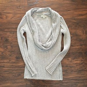 Banana Republic sweater. Low cowl neck, gray. XS